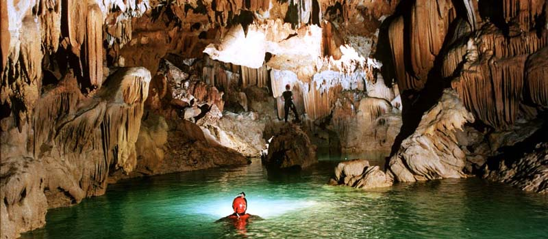 1 Day Phong Nha Cave Vinh Moc Tunnel on Our Senses