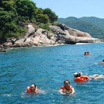 Swimming and snorkeling in Mun Island