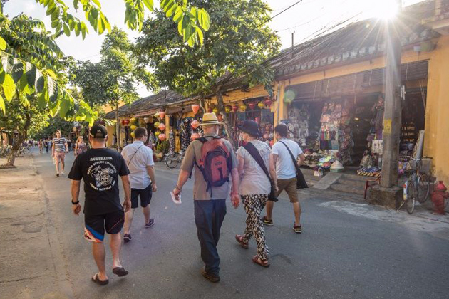 hoi an walking tour 10 day vietnam tour from south to north