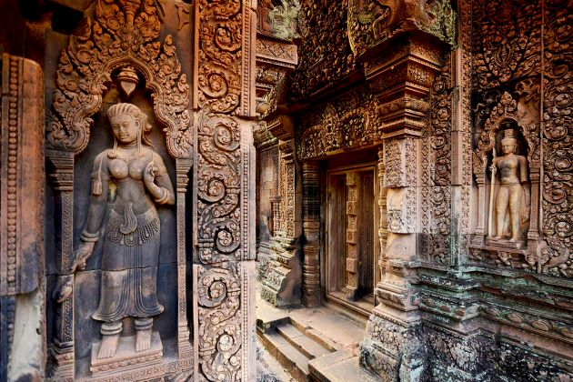 banteay srei in siem reap on cambodia family holidays