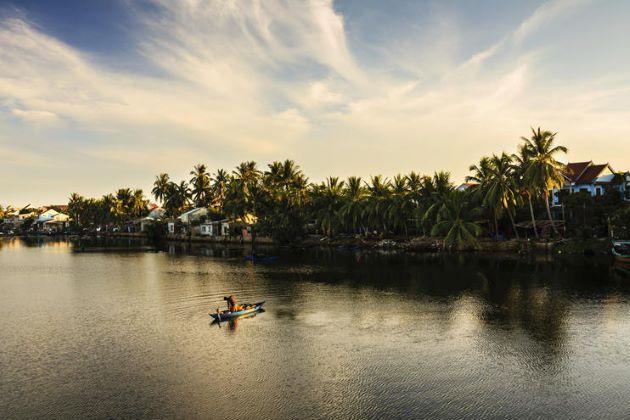 boat trip on thu bon river hoi an