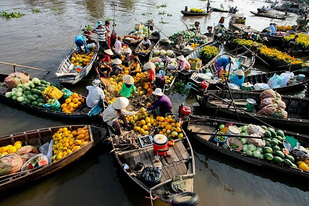 Mekong Delta to Cai Be Floating Market Tour – 1 Day