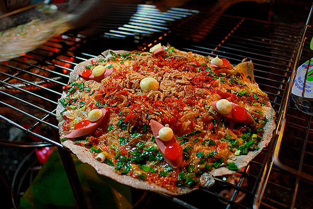 dalat night market south vietnam highlight tour