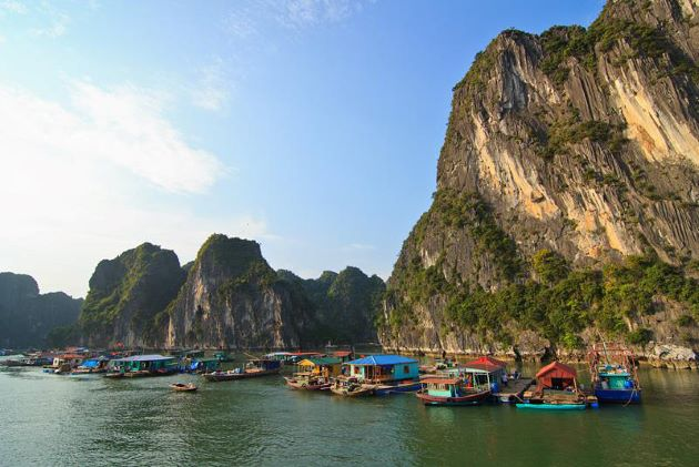 experience the local life at cua van floating village