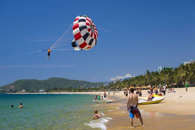 fantastic activities at nha trang beach