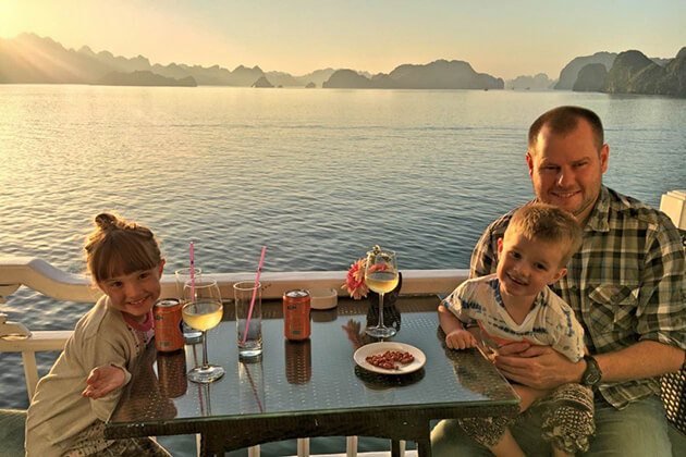 halong bay travel with kids