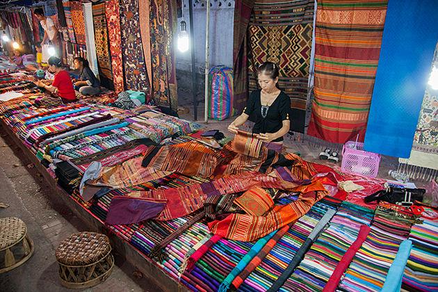 luang prabang night market laos vietnam cambodia trip