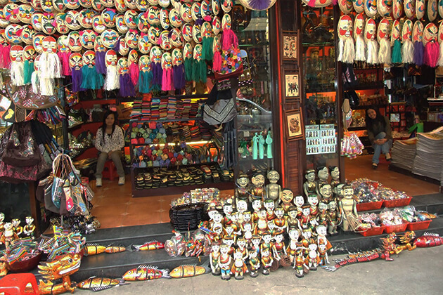 puppet store at hanoi old quarter