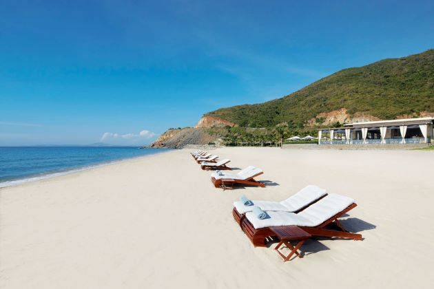 Nha Trang Beach Exploration & Island Tour – 3 Days