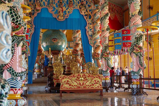 temple of cao dai temple