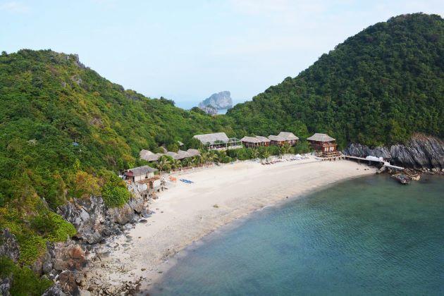 the beach at cat ba island