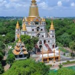 the magnificent buu long pagoda