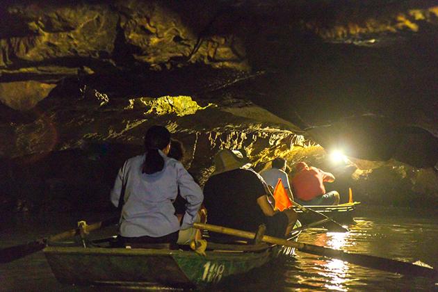 trang an caves ninh binh tour