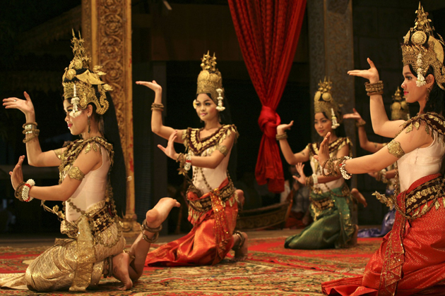 Apsara Dance performance thailand vietnam cambodia holiday packages