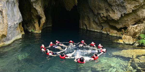 E cave (Trung Tre cave)