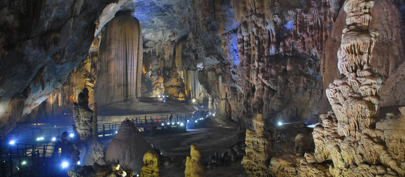 Mysterious Depth of Phong Nha and Tien Son Tour