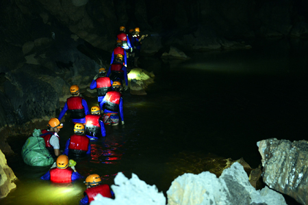 Paradise Cave & Dark Cave Adventure - 1 Day - Vietnam Vacation