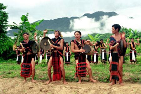 Xơ Đăng (or Sedang) Ethnic Group (Dân Tộc Xơ Đăng) - Vietnam Vacation