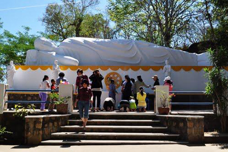 Reclining Buddha in Niet Ban Tinh Xa