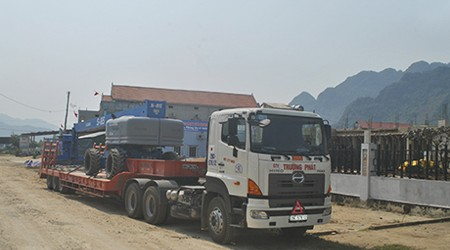 The Arrival Of King Kong Crew In Phong Nha, Quang Binh