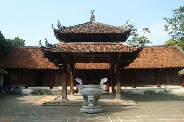 Floor in Traditional Vietnam Architecture