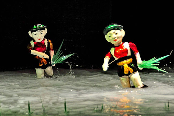 Planting and pulling up flags vietnam puppets