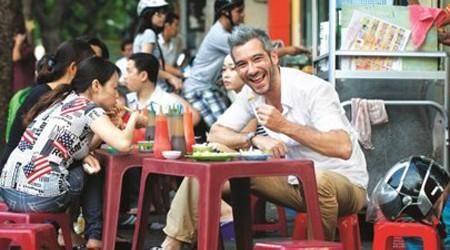Top 8 Insiders' Tips to Eating Street Foods in Vietnam
