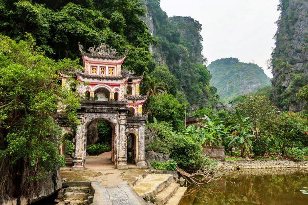 Bich Dong Pagoda – Untold History & Unique Architecture