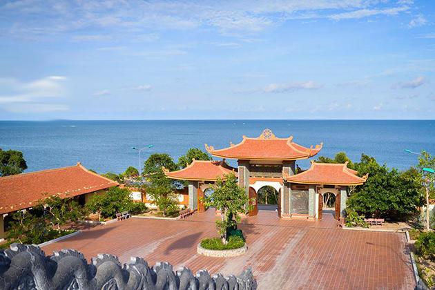 ho quoc pagoda south phu quoc