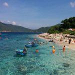 nha trang beach for family holiday