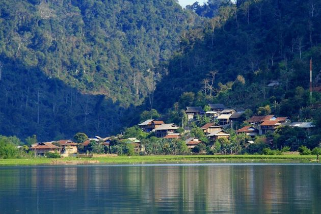 pac ngoi village in bac kan on northeast vietnam tours