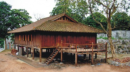 tay-wooden houses-on-stilts (1)