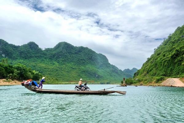 Bàu Tró at Dong Hoi, Quang Binh