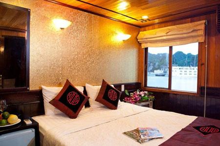 Cabin on Dragon's Pearl Cruise