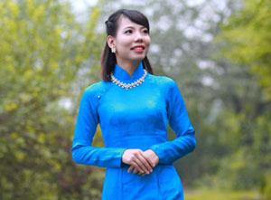 Trung Thu, Mrs. Sales Executive – Travel Advisor