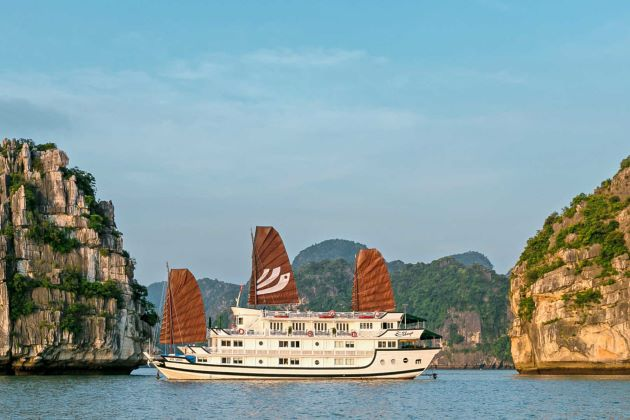 the world heritage site halong bay should be included in your north vietnam tours