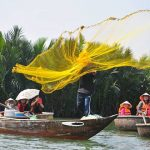 participate hoi an fishing tour on basket boat