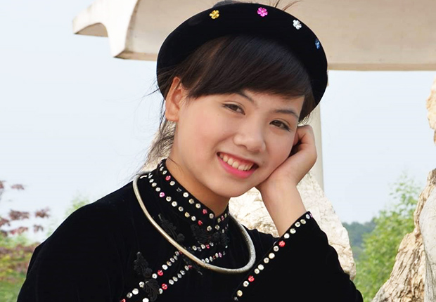 A Tay women in the traditional dress