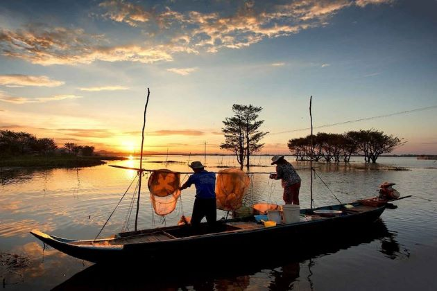Chong Khneas in tonle sap lake in siem reap