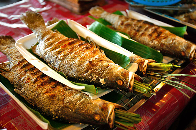 Grilled fish - a specialty of Thai culture