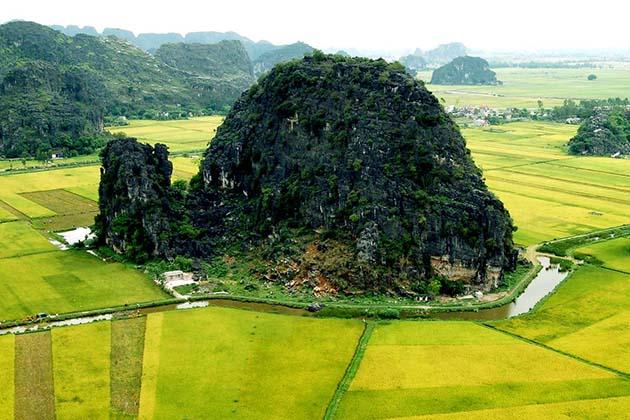 Hoa Lu - Tam Coc in Ninh Binh