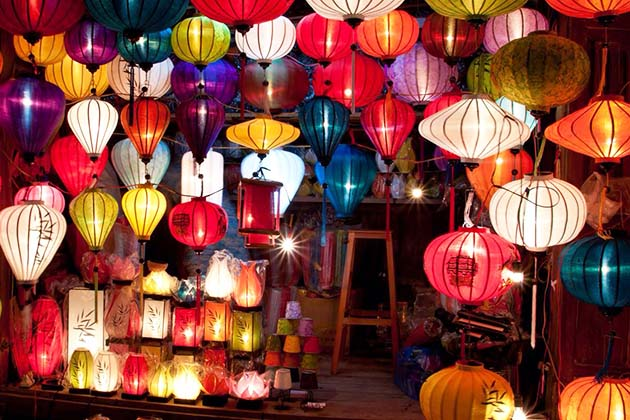 Hoi An Lantern festival occurs every years