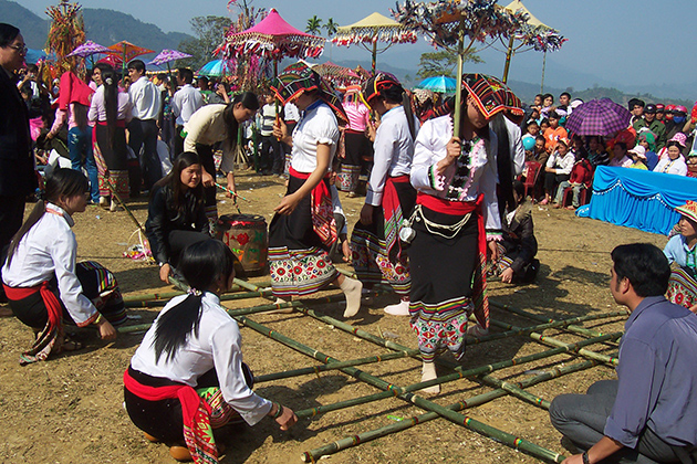 Mua Sap - a folk dance of Thai people