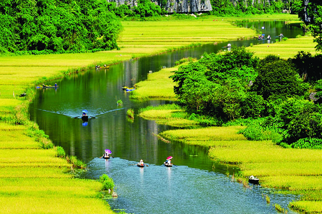 Ninh Binh is one of the natural landscape in Vietnam that appears in the movie