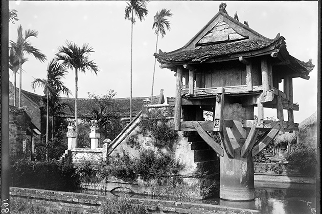 One Pillar Pagoda in 1896