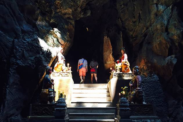 marble mountain in danang vietnam
