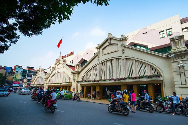 A Corner of Dong Xuan Street Hanoi Old Quarter