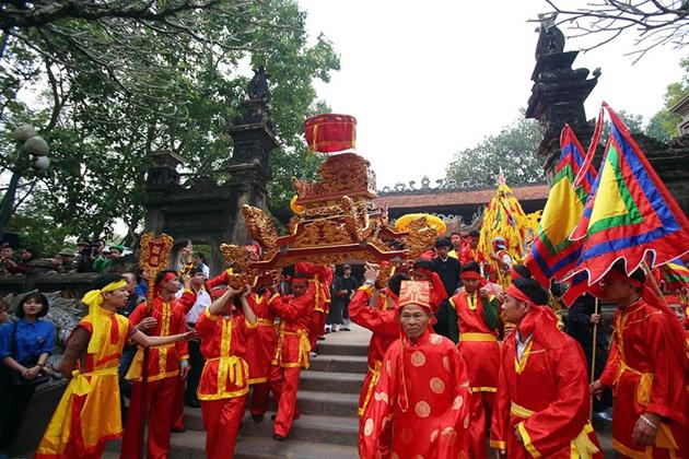 Kết quả hình ảnh cho Giong Festival at Phu Dong and Soc temples