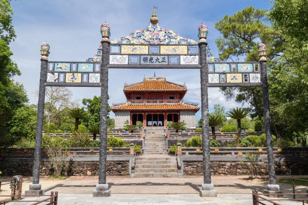 Minh Mang Tomb in Hue | All about the Royal Tomb of Emperor Minh Mang