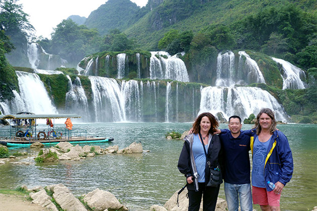 time to visit ban gioc waterfall